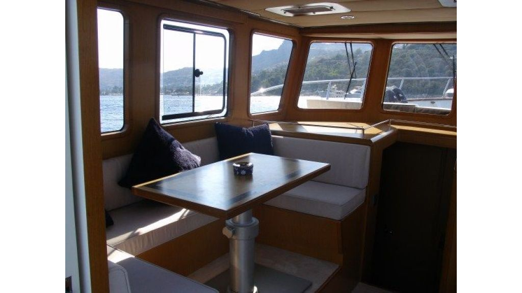 Epoxy Laminated 10,5 meter Trawler 11
