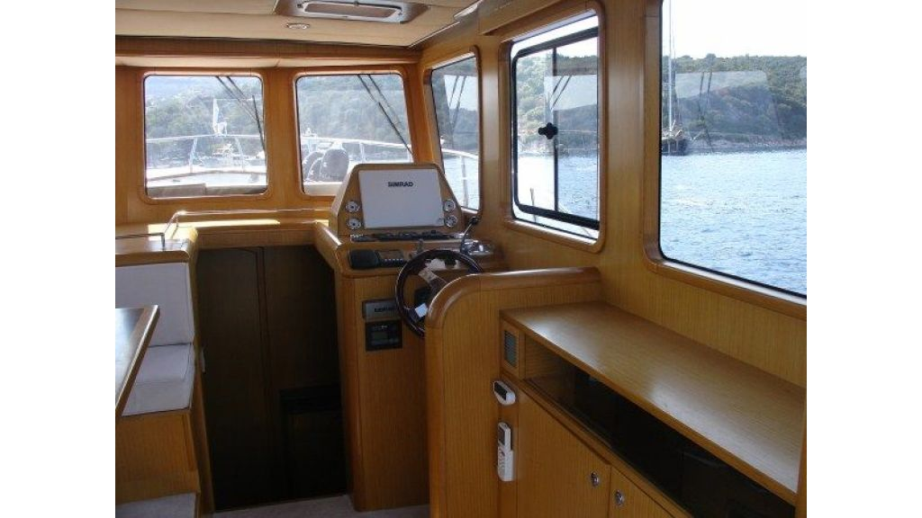 Epoxy Laminated 10,5 meter Trawler 12