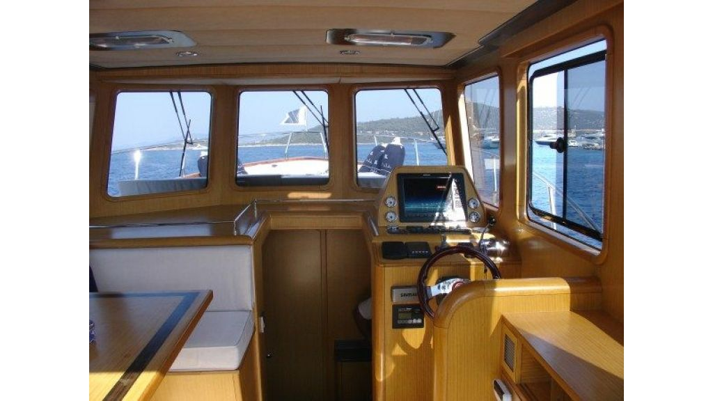 Epoxy Laminated 10,5 meter Trawler 15