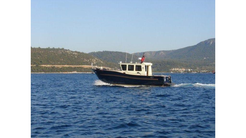 Epoxy Laminated 10,5 meter Trawler 3