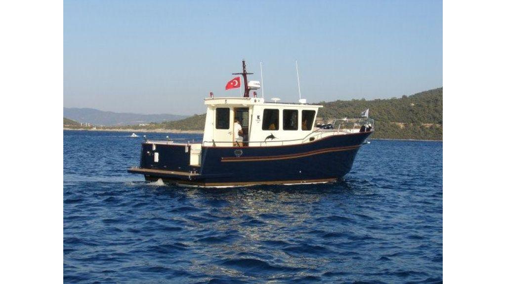 Epoxy Laminated 10,5 meter Trawler 4
