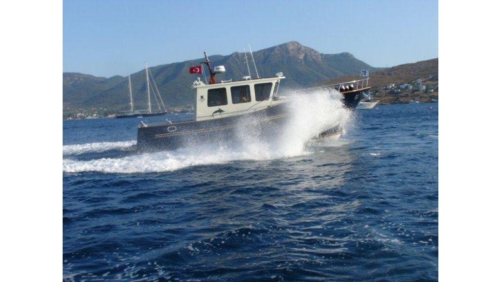 Epoxy Laminated 10,5 meter Trawler 6