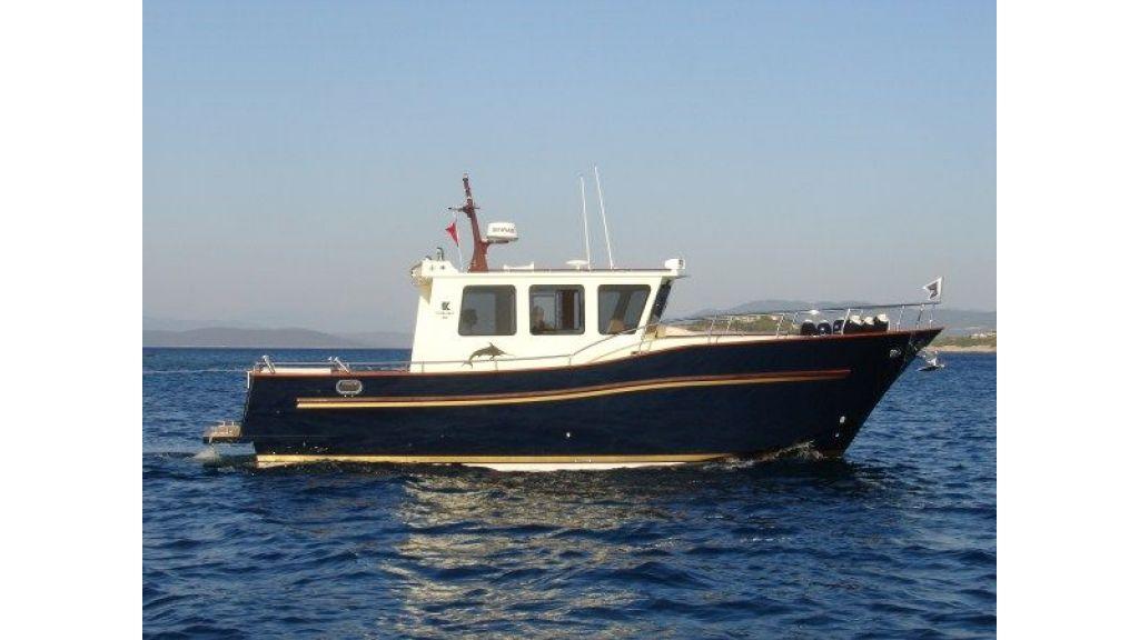 Epoxy Laminated 10,5 meter Trawler 8