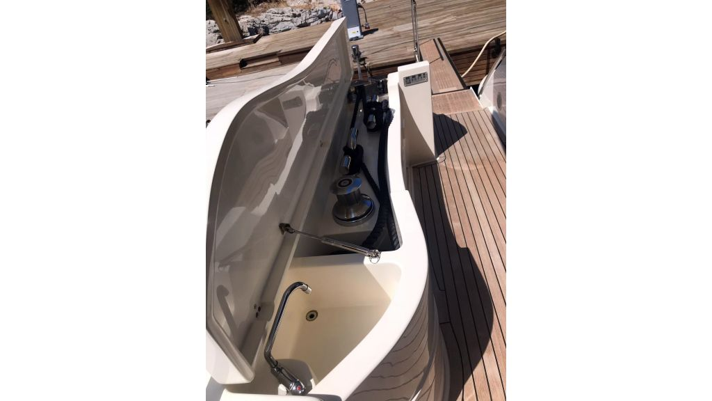 Ferretti 881 For Sale (12)
