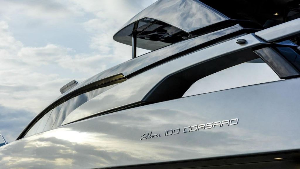 Riva 100 Corsaro motor Yacht (18)