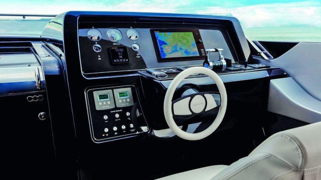 Riva 100 Corsaro motor Yacht (19)