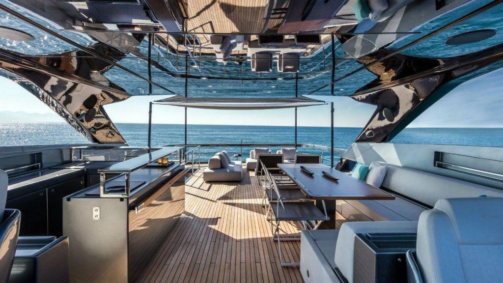 Riva 100 Corsaro motor Yacht (9)