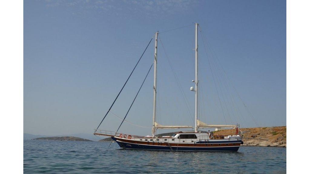 Artemis Gulet (2)