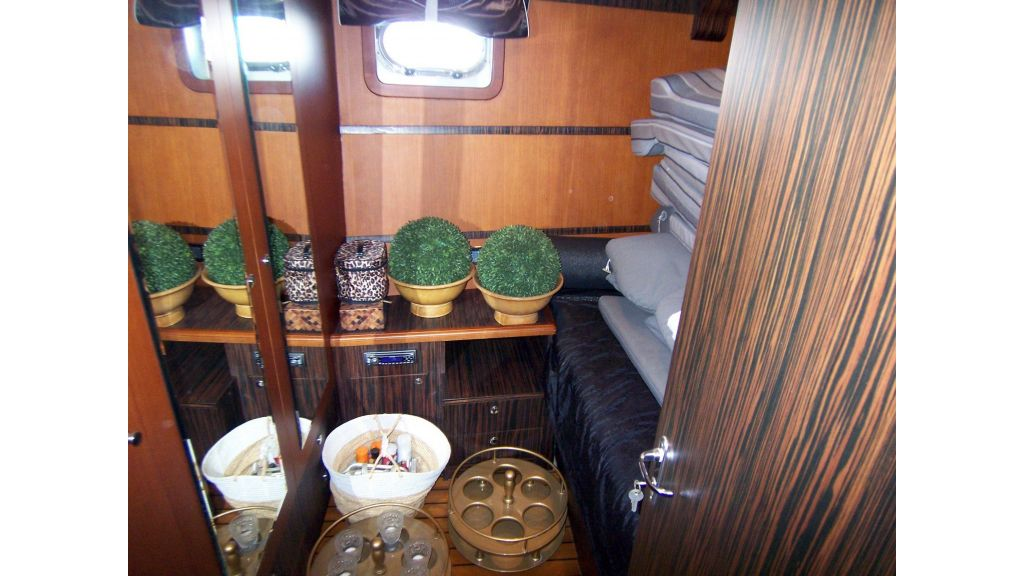 Quality Sailing Yacht (16)