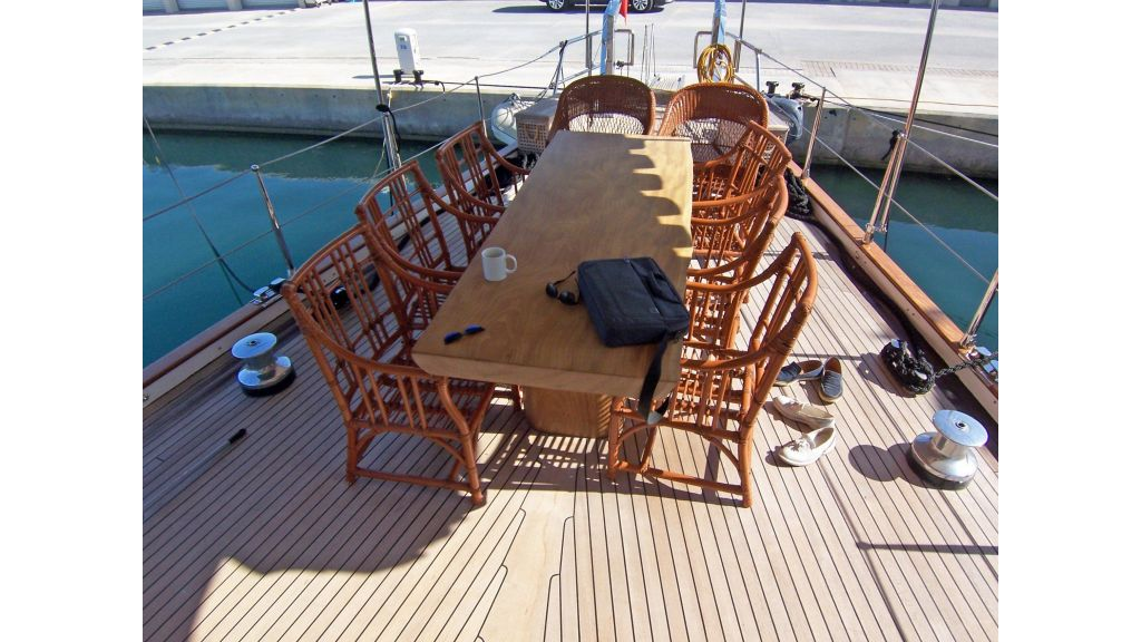 Quality Sailing Yacht (42)