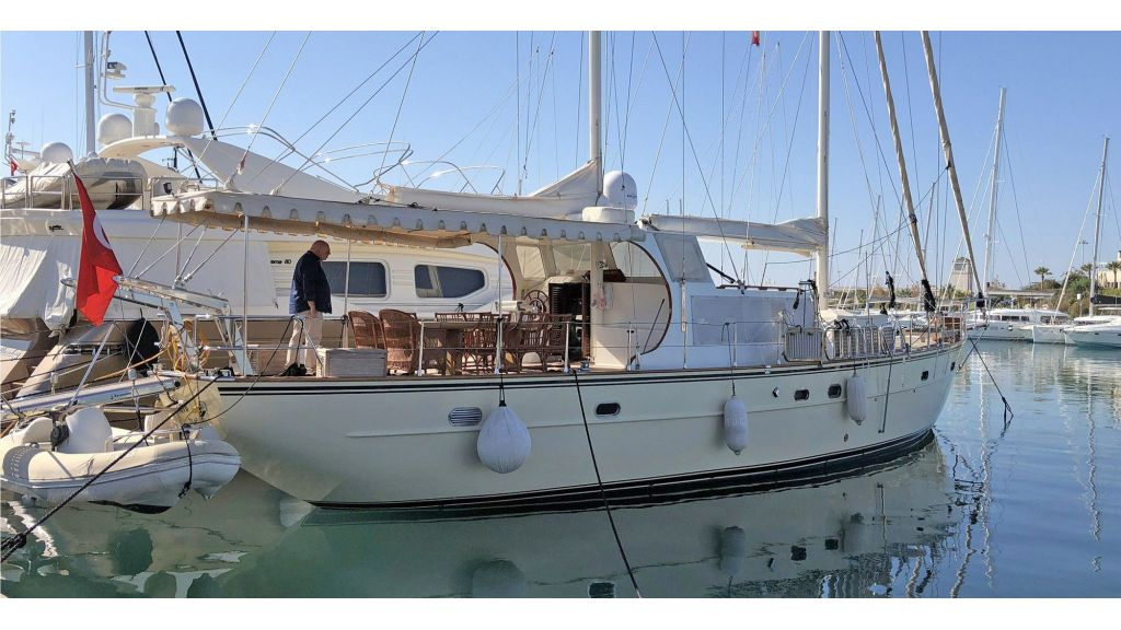 Quality Sailing Yacht (43)