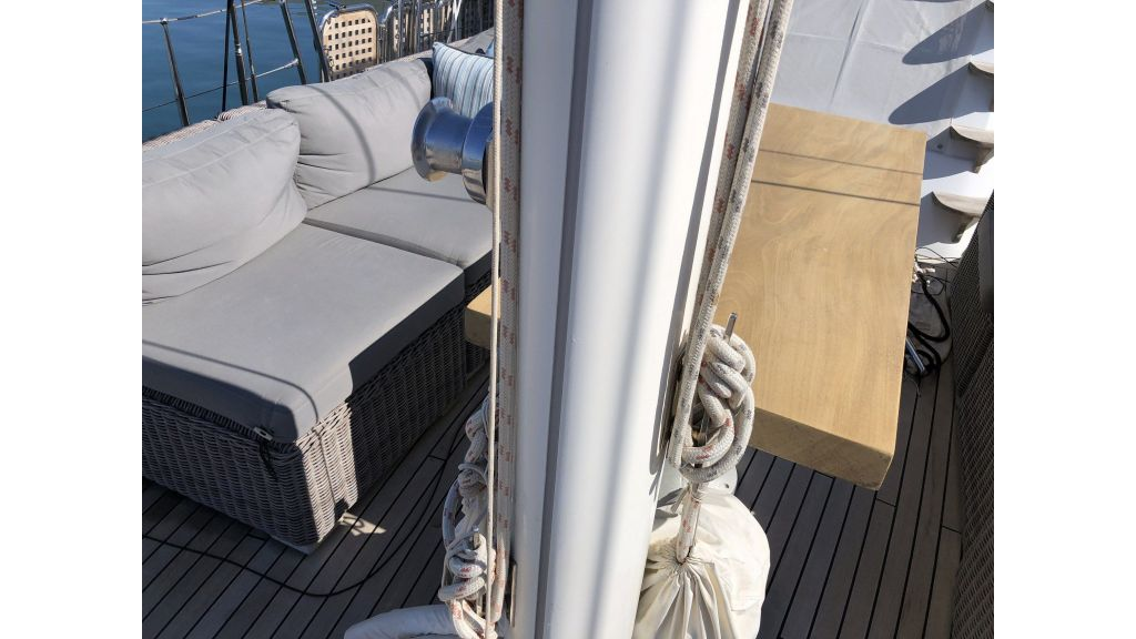 Quality Sailing Yacht (55)