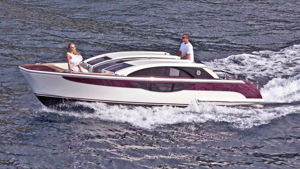 Motor Yacht Quine Essential (35)