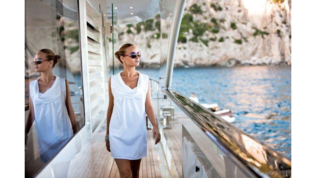 Motor Yacht Quine Essential (9)