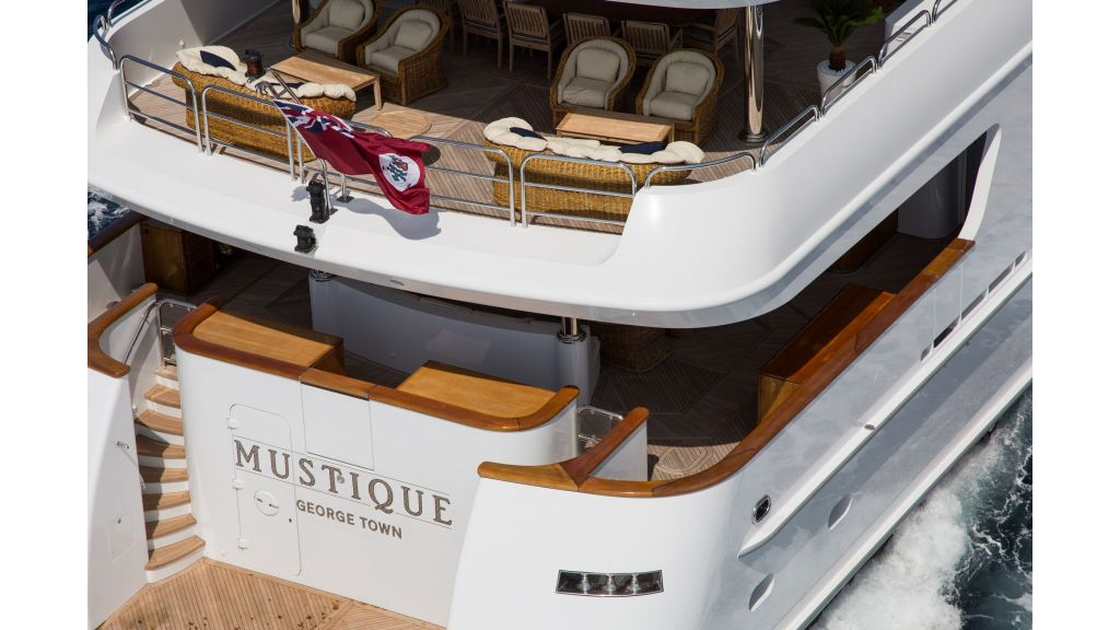 Mustique Luxury Motor Yacht (101)