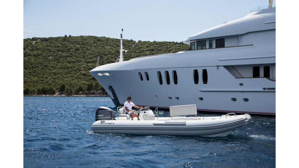 Mustique Luxury Motor Yacht (118)