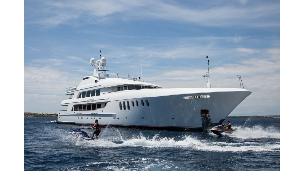 Mustique Luxury Motor Yacht (139)