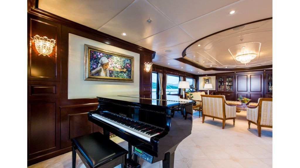 Mustique Luxury Motor Yacht (199)