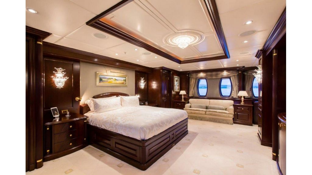 Mustique Luxury Motor Yacht (211)