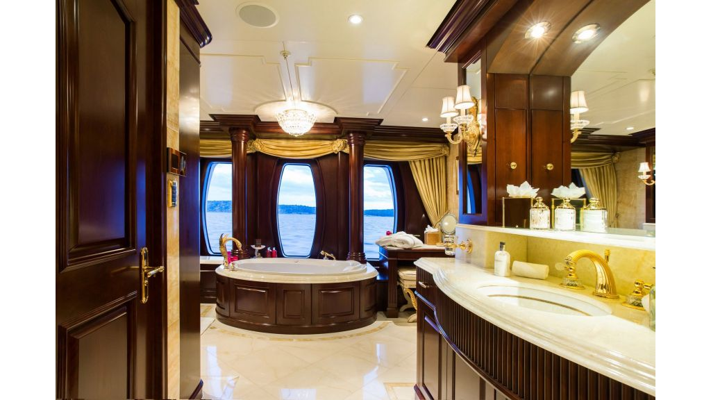 Mustique Luxury Motor Yacht (215)