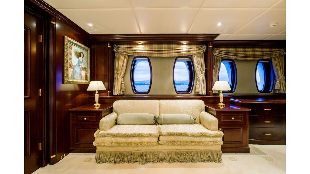 Mustique Luxury Motor Yacht (219)