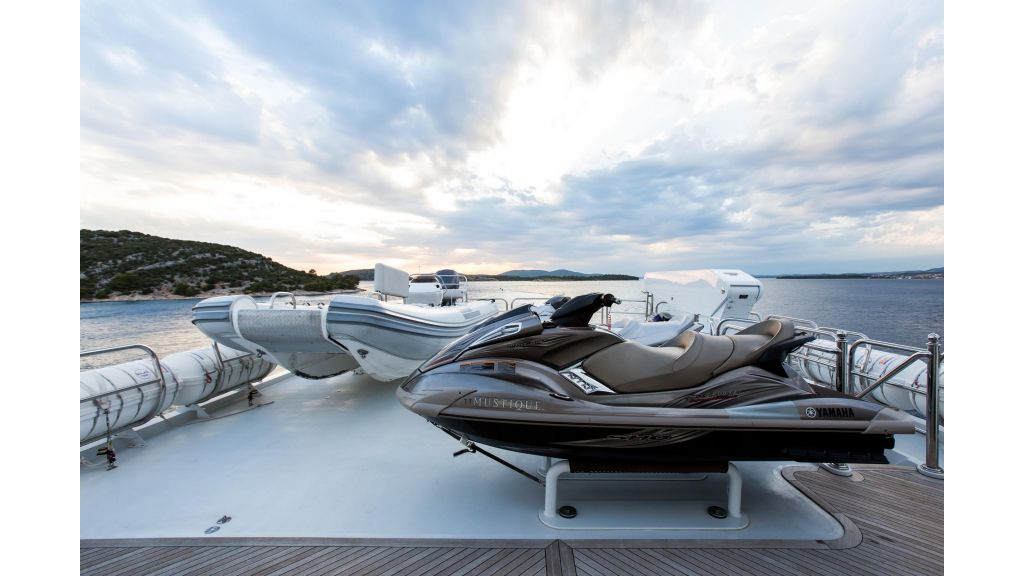 Mustique Luxury Motor Yacht (233)