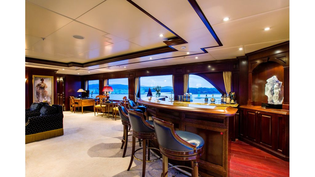 Mustique Luxury Motor Yacht (251)