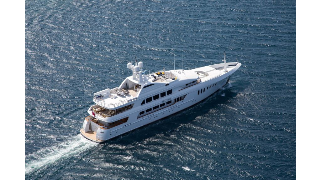 Mustique Luxury Motor Yacht (51)