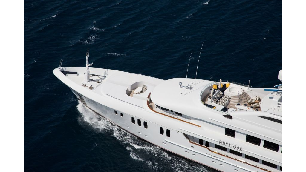Mustique Luxury Motor Yacht (55)