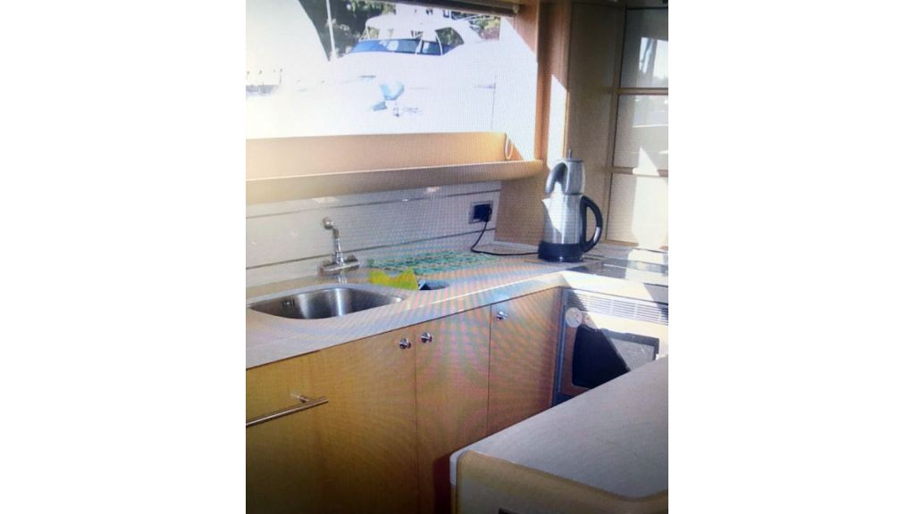 Princess 21m Motor yacht (5)