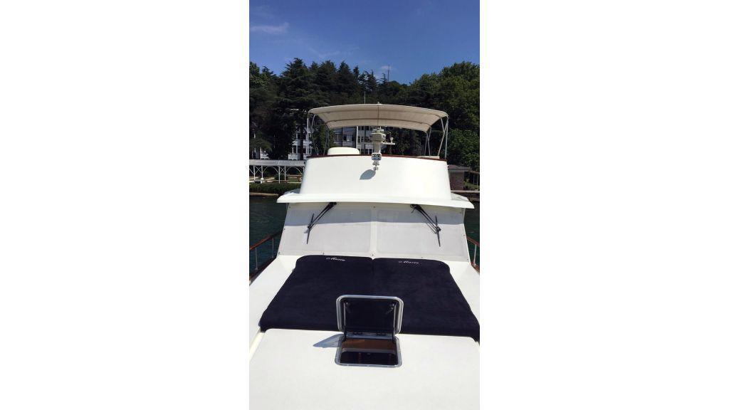 Classic Yacht Cruiser (13)