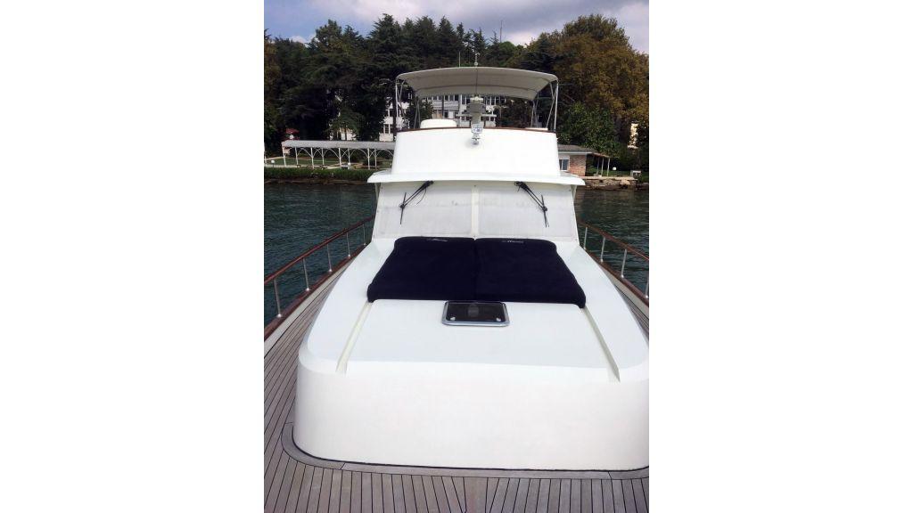 Classic Yacht Cruiser (16)