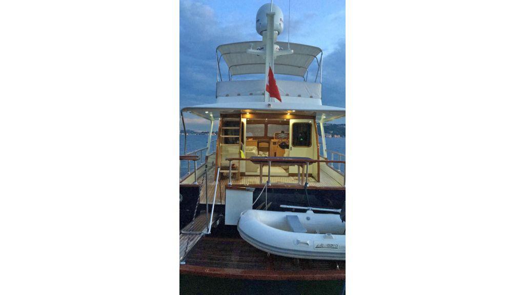 Classic Yacht Cruiser (19)