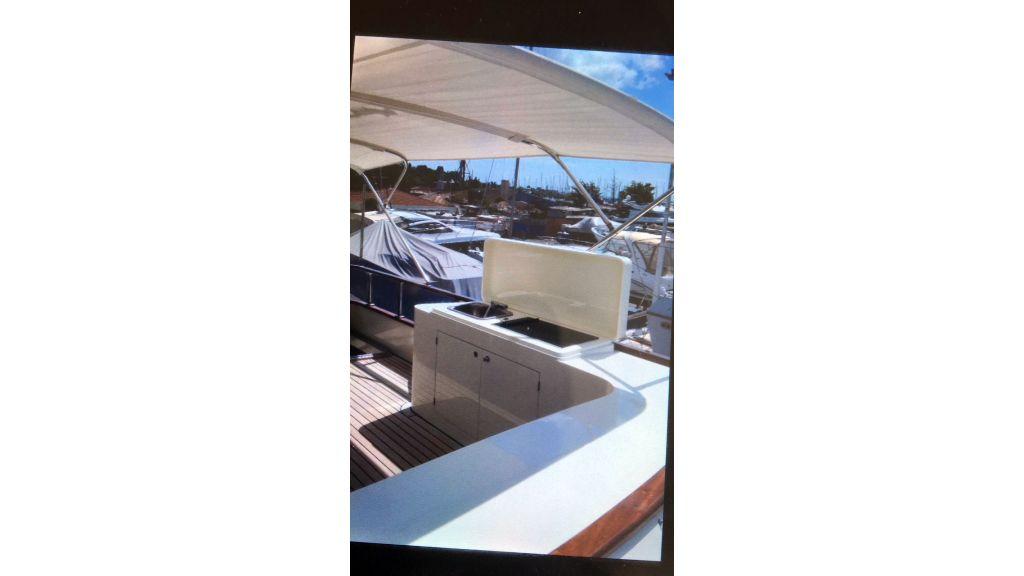 Classic Yacht Cruiser (8)