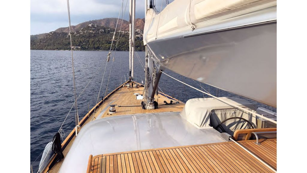 Luxury Sailing For Sale (5)