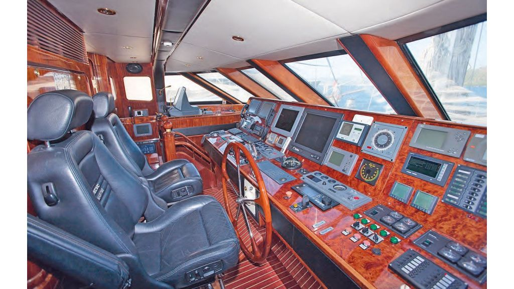 Luxury Sailing For Sale (7)