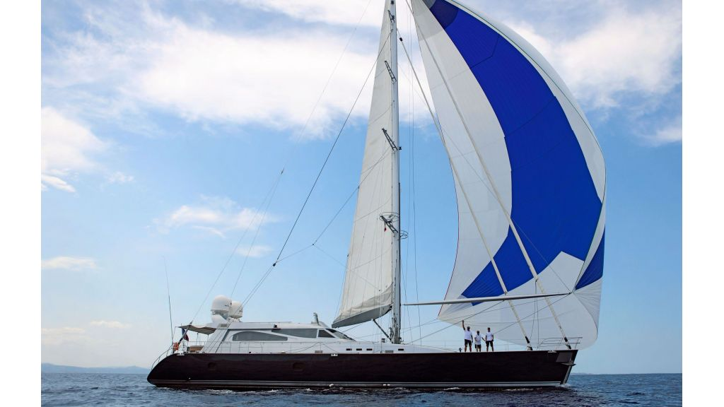 Luxury-Sailing-Yacht-for-Sale (1)