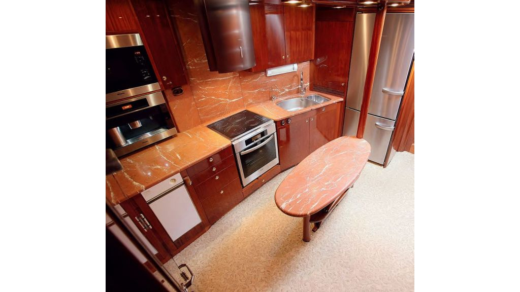 Luxury-Sailing-Yacht-for-Sale (10)