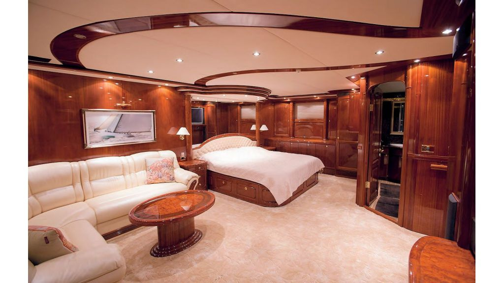 Luxury-Sailing-Yacht-for-Sale (11)