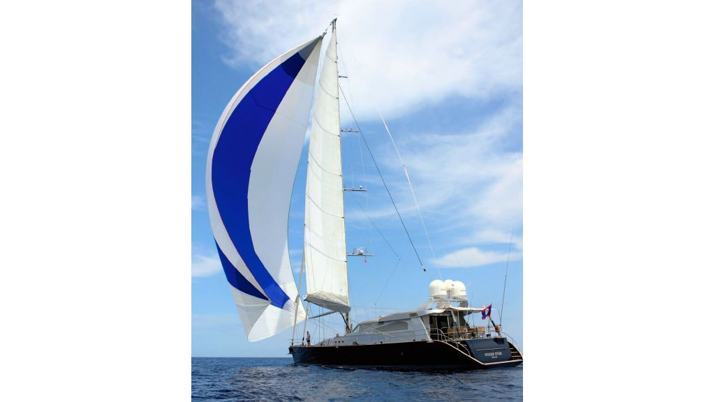 Luxury-Sailing-Yacht-for-Sale (2)
