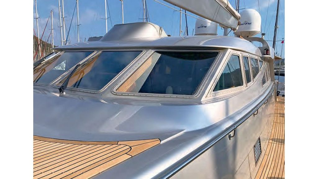 Luxury-Sailing-Yacht-for-Sale (5)