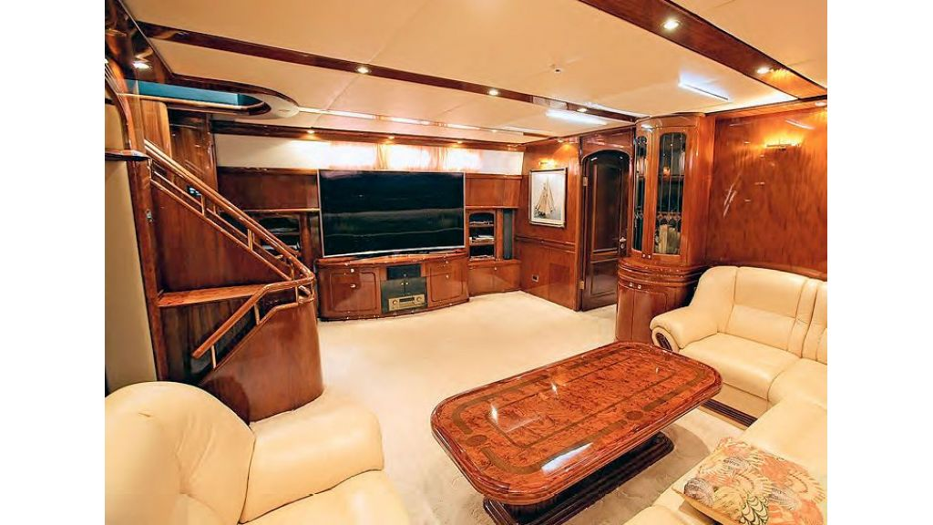 Luxury-Sailing-Yacht-for-Sale (7)
