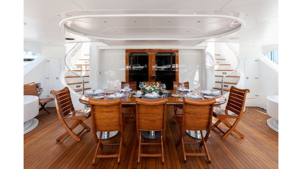 Luxury motor yacht Il Sole (51)