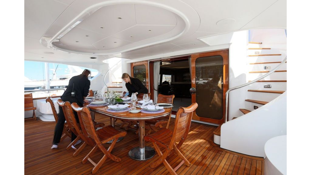 Luxury motor yacht Il Sole (53)