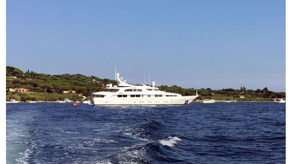 Luxury motor yacht Il Sole