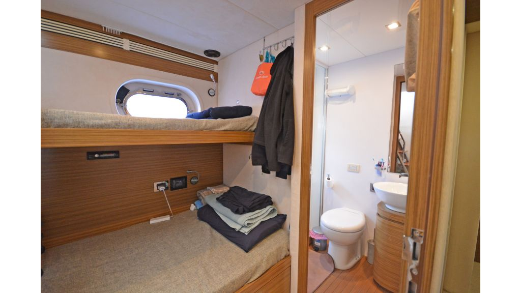 Luxury Trawler (44)