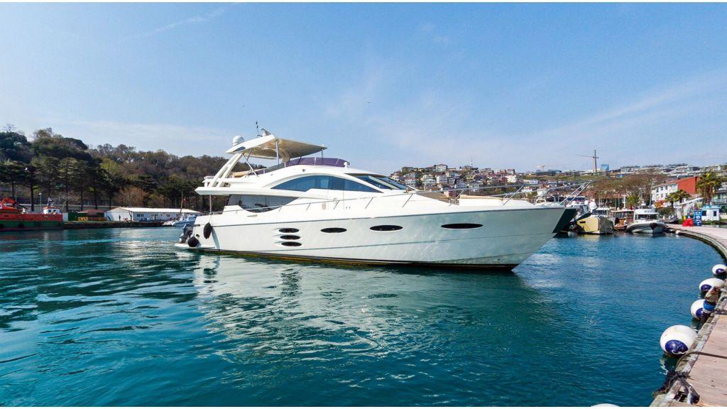 Numarine 78 motor yacht