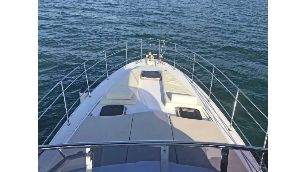 Omega Motor Yacht (8)