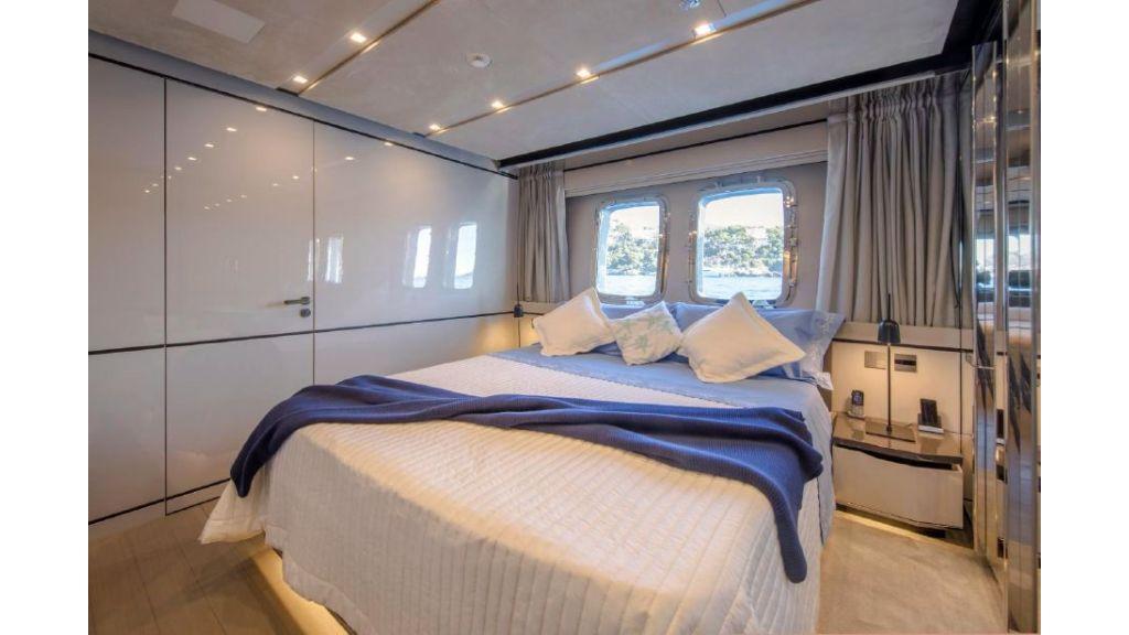 Sanlorenzo Sl 118ft motor yacht (20)