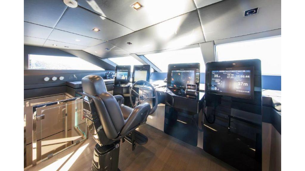 Sanlorenzo Sl 118ft motor yacht (3)